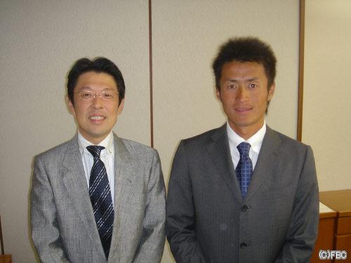 ミラクルエレファンツ天野浩一新監督(右)