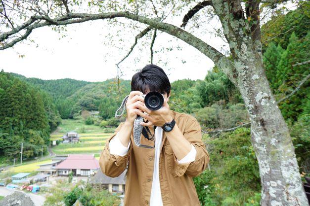 石井アナを撮ってみた。傍から見ると写真を撮り合う不思議な2人。