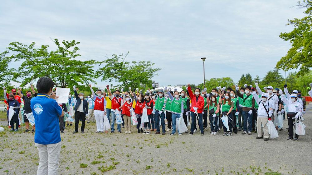 郡山市開成山公園 スポーツチームも参加!街中でごみを拾い海ごみ削減へ ふくしま海ごみ削減プロジェクト