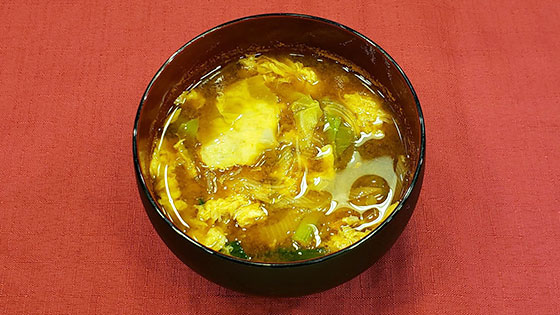 キャベツと春雨のピリ辛味噌汁