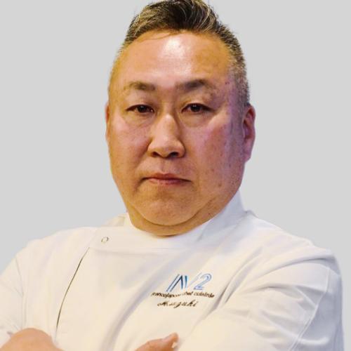 鈴木 眞雄